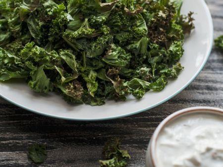 Roasted Kale with Greek Yogurt Sauce