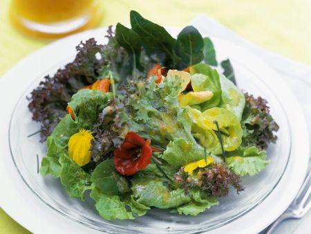 Salad with Orange-Raspberry Vinaigrette and Flowers