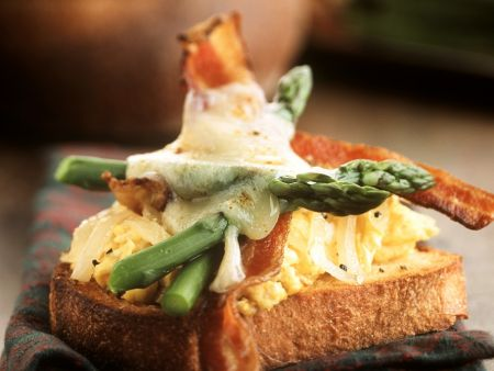 Scrambled Eggs with Bacon and Asparagus on Toast