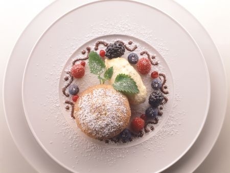 Semolina Soufflé with Ice Cream Made with Sugar Beet Syrup