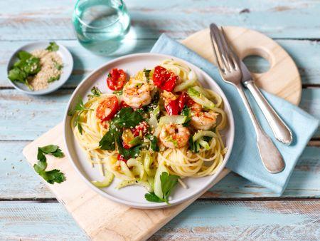 Spaghetti with prawns and Pak Choi