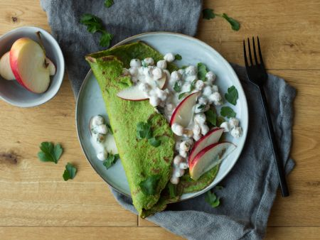 Spinach pancakes with chickpeas filling