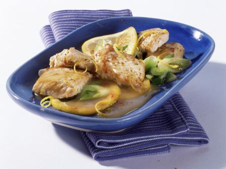 Turkey Cutlets in Lemon Sauce