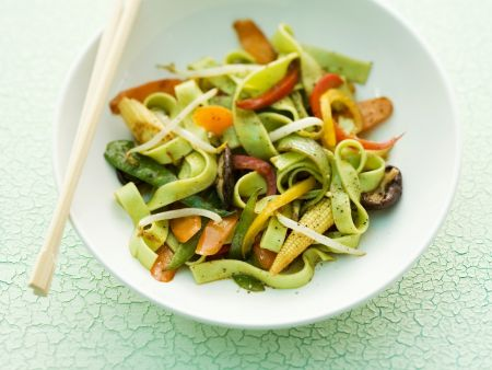 Wasabi Tagliatelle with Baby Corn and Carrots