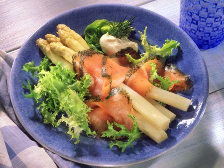 White Asparagus with Gravlax