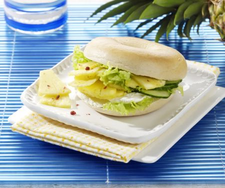 Bagels with Pineapple and Cream Cheese