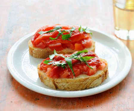 Baguette Slices with Tomatoes and Basil