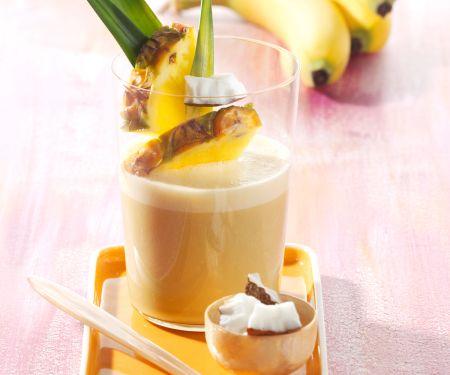 Banana and Coconut Shake with Pineapple