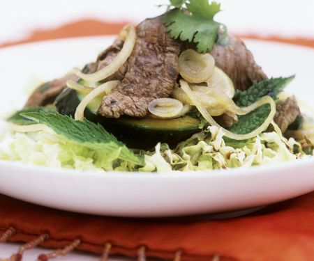 Beef with Zucchini and Cabbage