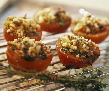 Breadcrumb-topped Tomatoes