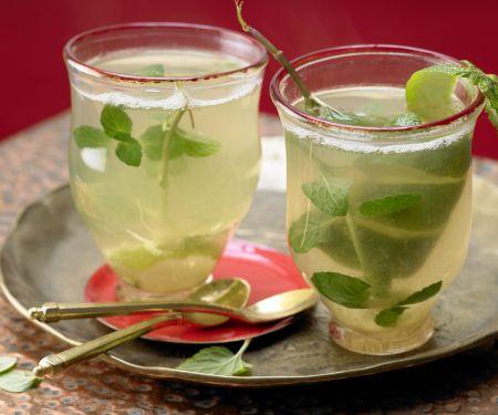 Cardamom and Mint Tea