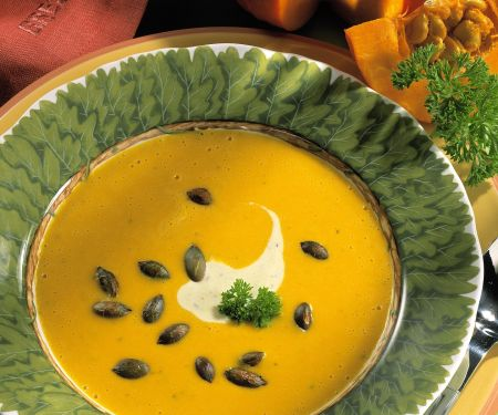 Creamy Pumpkin Soup with Roasted Pumpkin Seeds