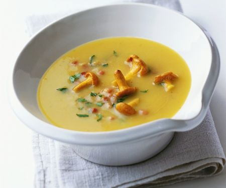 Creamy Vegetable Bisque with Mushrooms