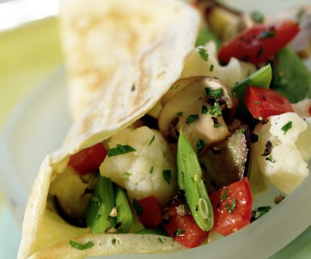 Crepes Filled with Vegetables