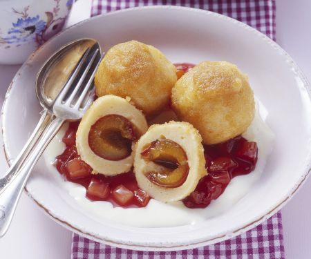 Fruit and Soft Cheese Dumplings
