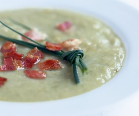 Gourmet veg bisque with chives