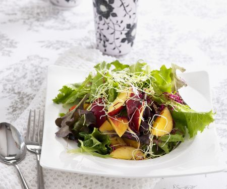 Green Salad with Nectarines and Sprouts