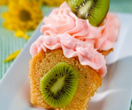 Kiwi Cupcakes with Strawberry Icing