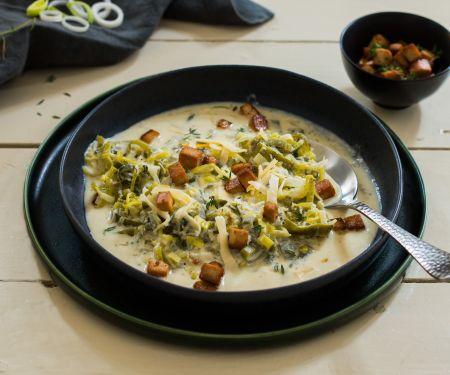 Leek Tofu and Cheese Soup