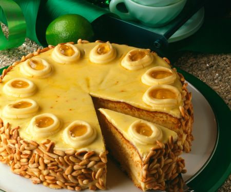 Lemon Buttercream Torte