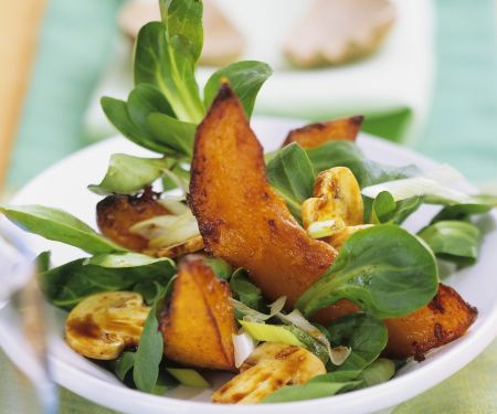 Mache Salad with Pumpkin and Mushrooms