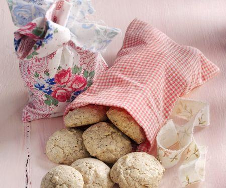 Nutty Macaroon Cookies