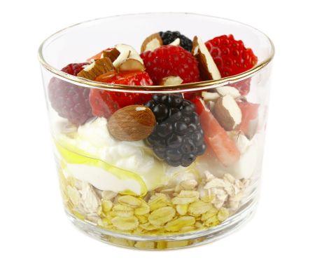 Oatmeal Berry Yogurt