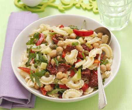 Pasta Salad with Chickpeas and Capers