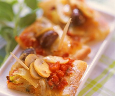 Pizza Squares with Mushroom