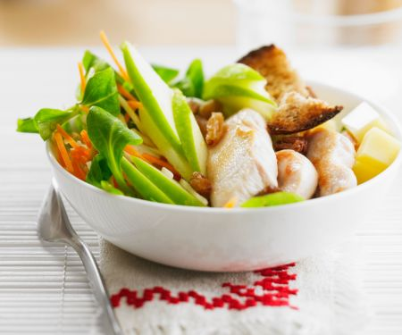 Poultry, Cheese and Sultana Salad