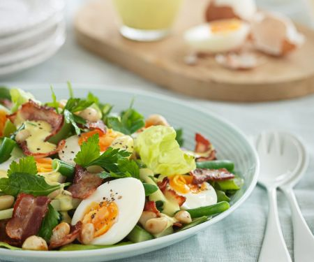 Salad with Eggs, Bacon, and Peanuts