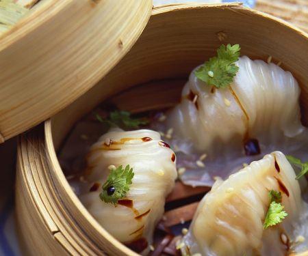 Steamed Dim Sum in Bamboo Baskets