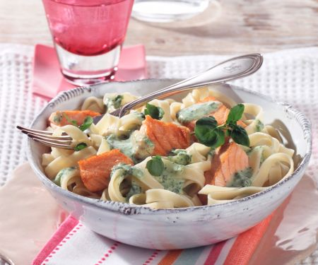 Tagliatelle with Salmon and Watercress