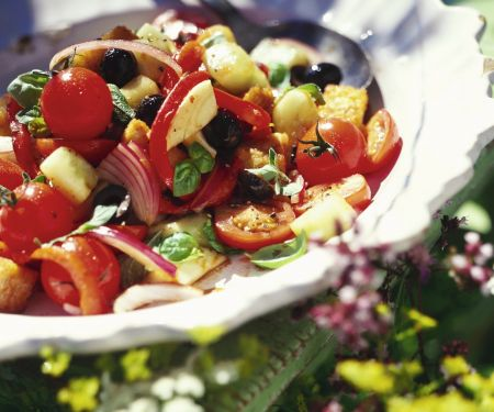 Tuscan Bread and Vegetable Salad