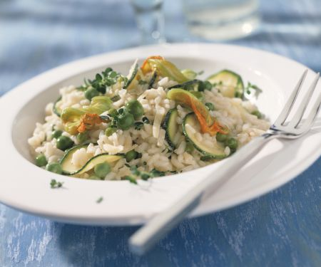 Zucchini and Pea Risotto with Parmesan and Thyme