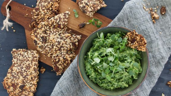 Kale avocado chili dip with keto crackers