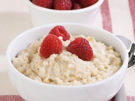 Almond and Raspberry Porridge