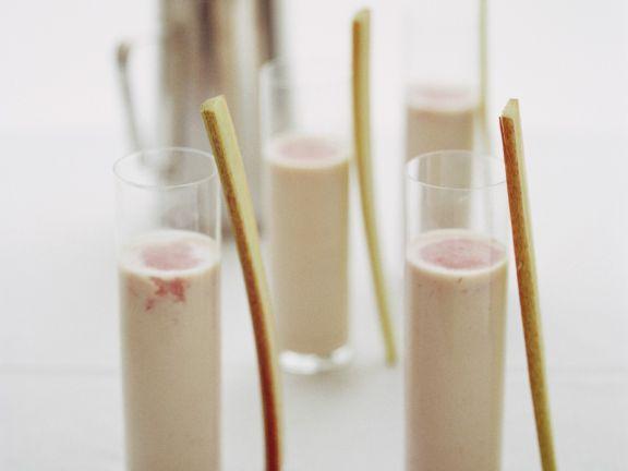 Almond Milk and Rhubarb Shakes
