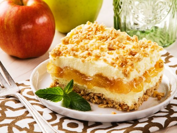 Apple and Maple Cheesecake Squares