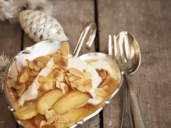 Apples in Toffee Sauce