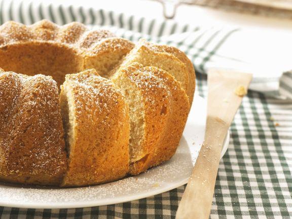 Applesauce Ring Cake