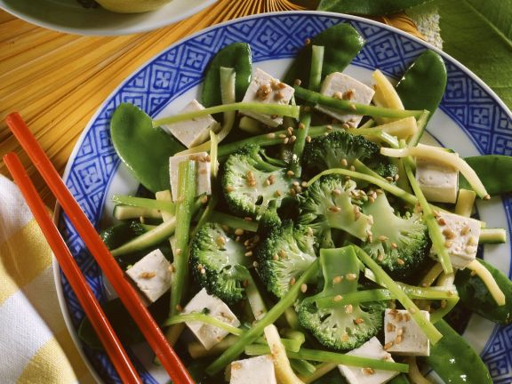 Asian Broccoli Plate with Tofu