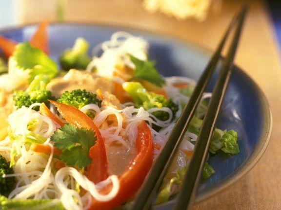 Asian Noodle Salad with Vegetables