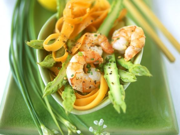Asparagus and Carrot Salad with Shrimp