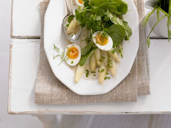 Asparagus Salad with Egg and Spinach