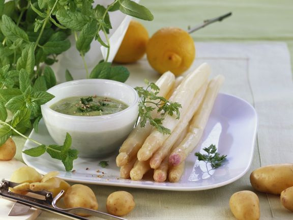 Asparagus with Herb Sauce