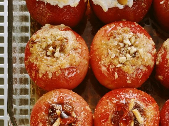 Baked Apples with Fillings
