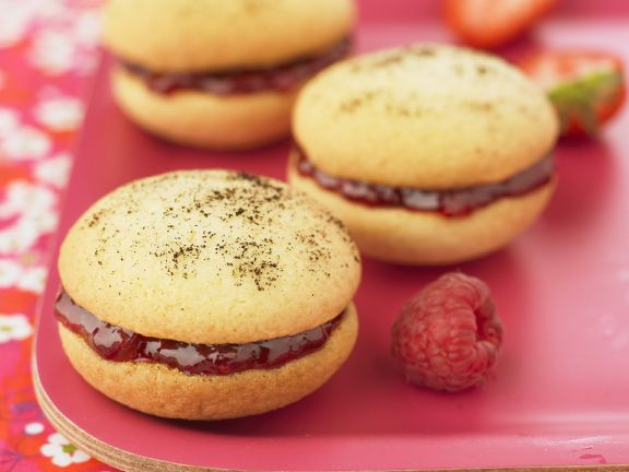 Baked Cake Sandwiches with Fruit Preserve