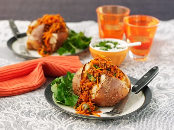Baked Potatoes with Meat and Vegetable Filling
