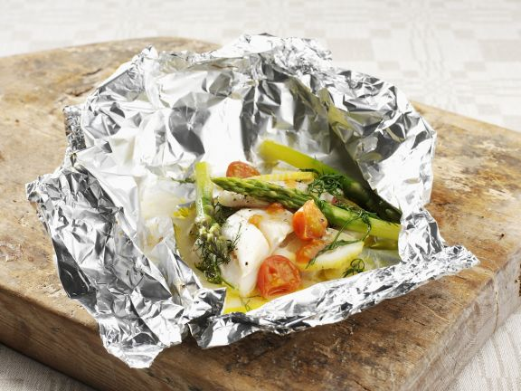 Baked Sole Filets with Tomato and Asparagus